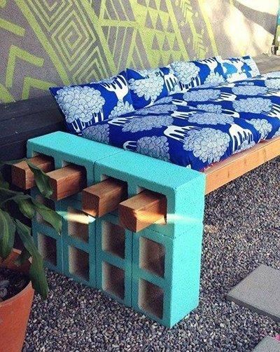 диван из шлакоблоков
