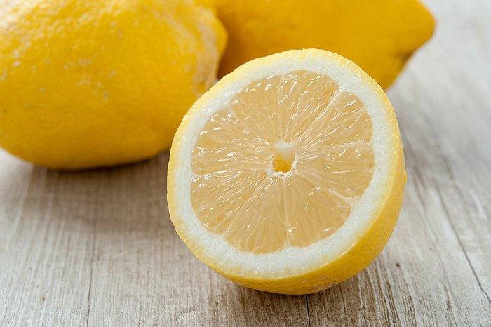 10 причин есть лимоны