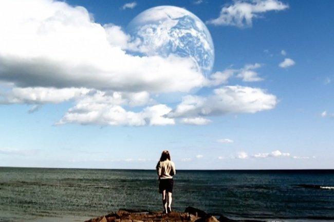 Другая Земля фильм