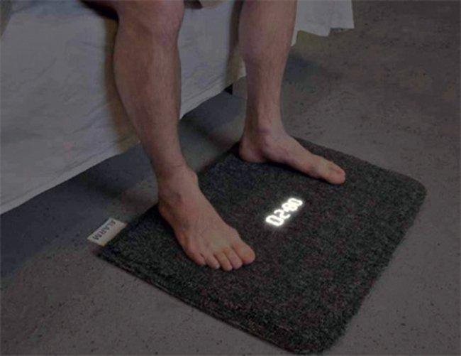 будильник-коврик