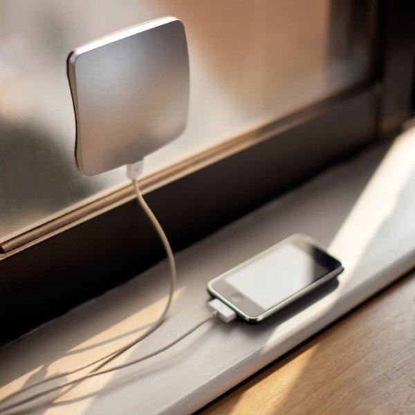 зарядное на солнечных батарейках