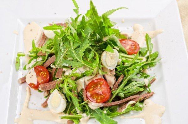 5 изысканных салатов, которые украсят твой праздничный стол и добавят разнообразия в меню!