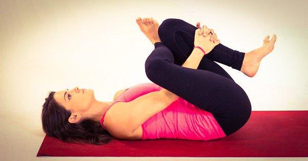 Действенное оружие против бессонницы! 6 простых поз йоги для крепкого и спокойного сна.