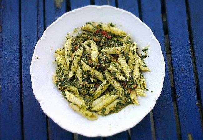 паста с тунцом и шпинатом