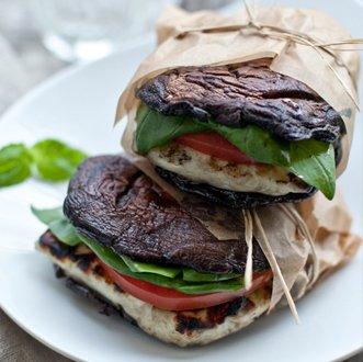 бутерброд из грибов шиитаке