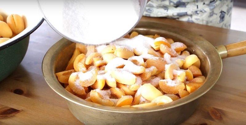 абрикосовое варенье пятиминутка