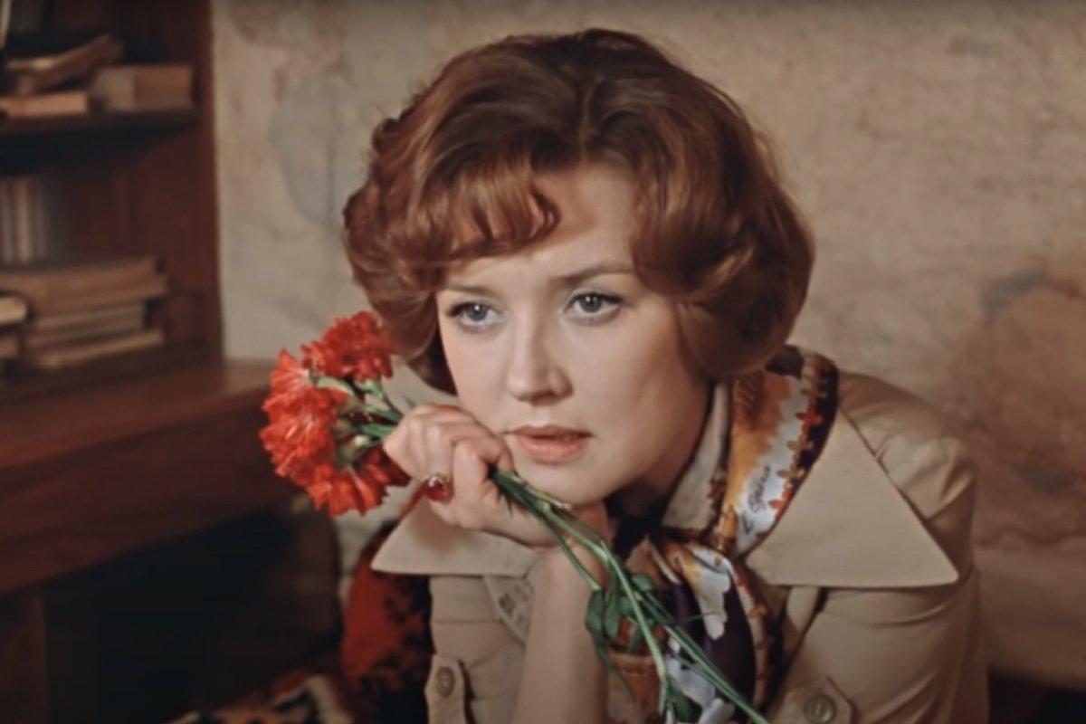 Духи актрисы из фильма «Москва слезам не верит»