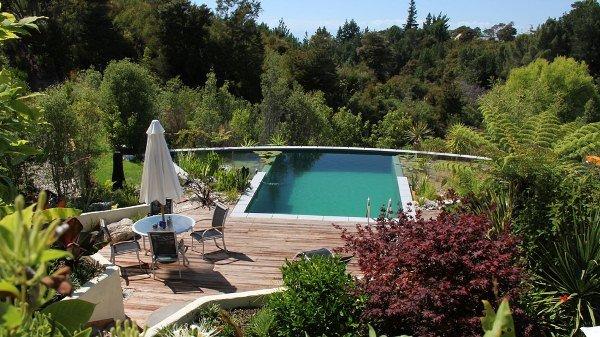 бассейн на открытом воздухе