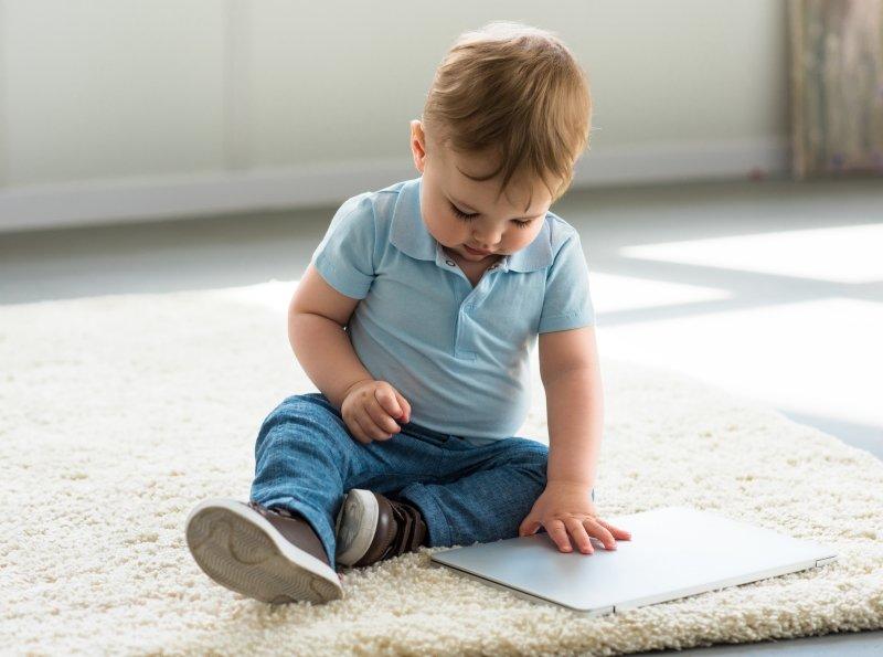 безопасность детей дома и на улице