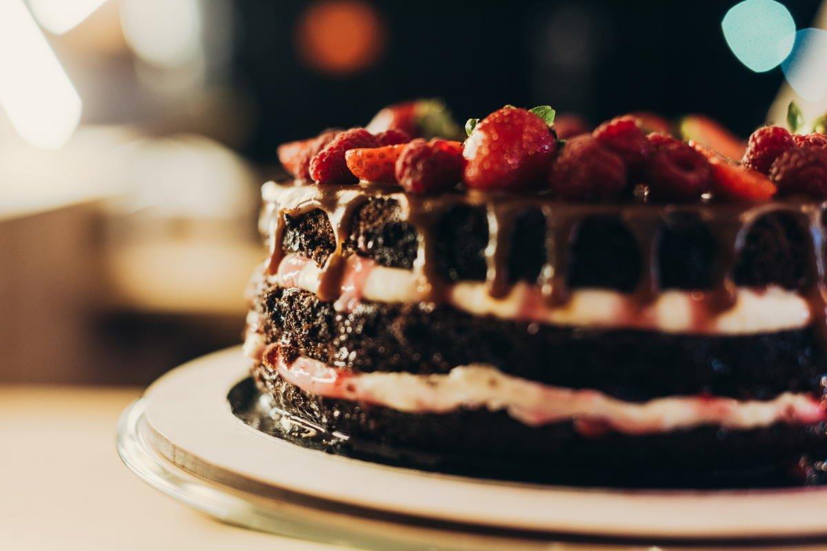 Рецепт шоколадного торта со сливочным кремом