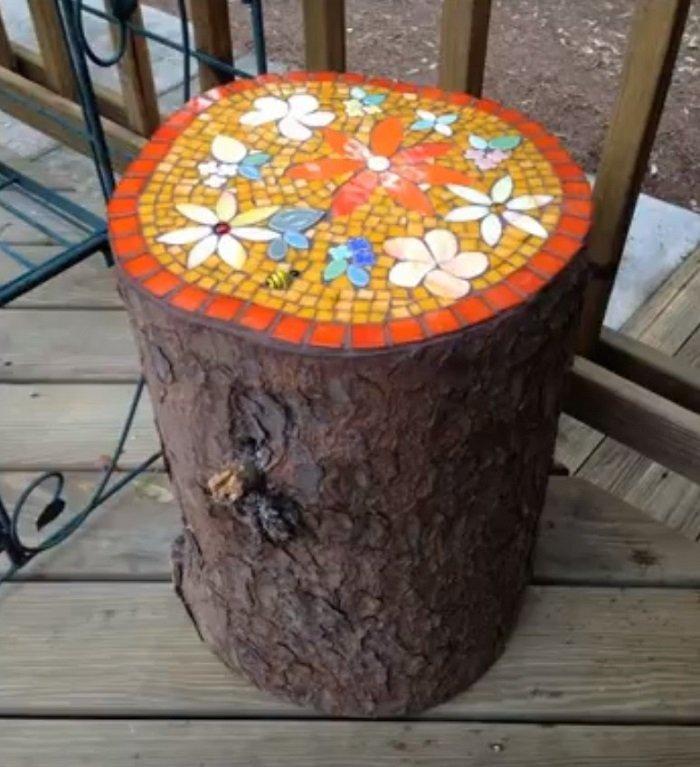 битая плитка в саду