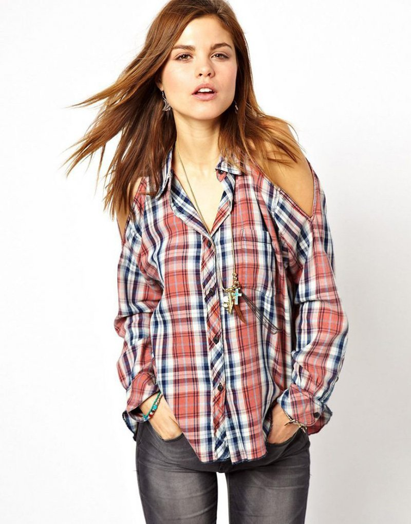 блузка с открытыми плечами из рубашки