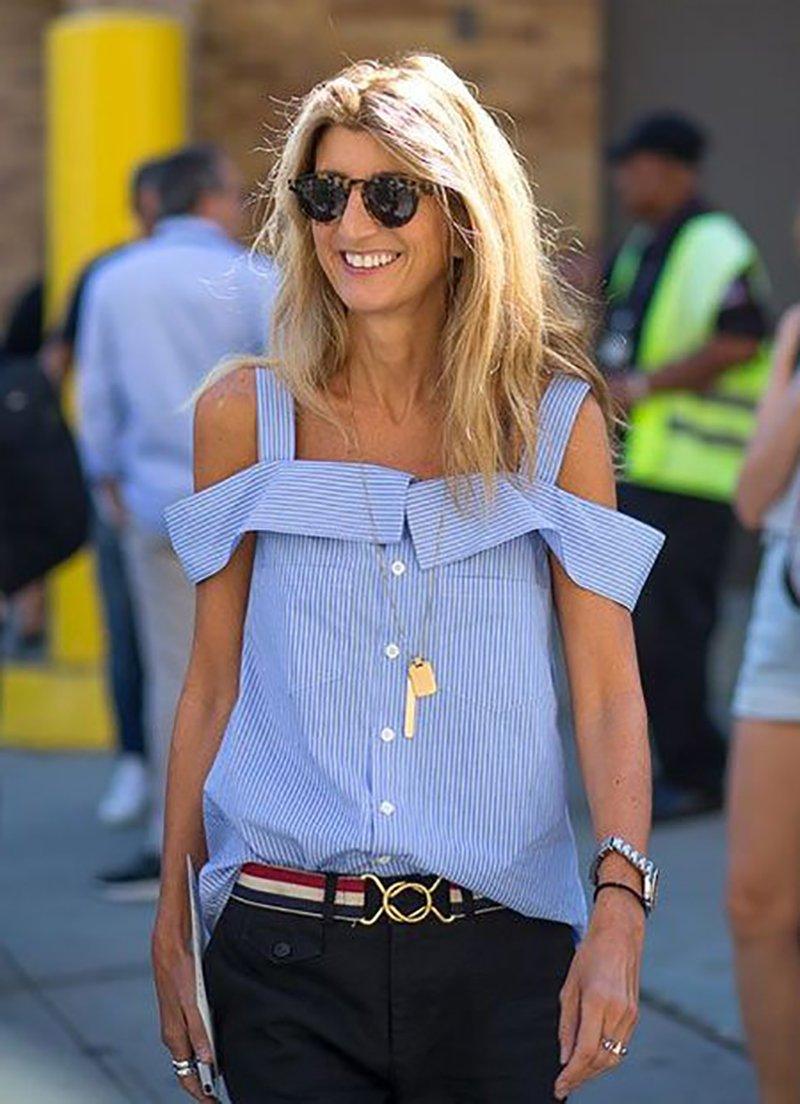 блузка с открытыми плечами с чем носить