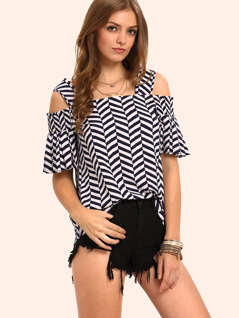 модная блузка из шифона