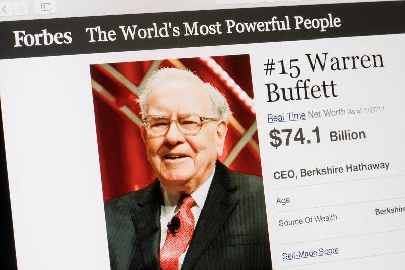 почему богатые люди живут скромно