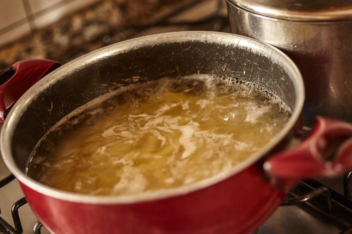 Галицкий борщ от украинской хозяйки с широкой душой бульон, кваса, нарезанный, галицкий, Однако, добавляем, свёклу, картофель, нужно, Добавляем, традиционный, вливаем, приготовить, можно, свёклой, свежей, корень, квасом, обязательно, перемешиваем