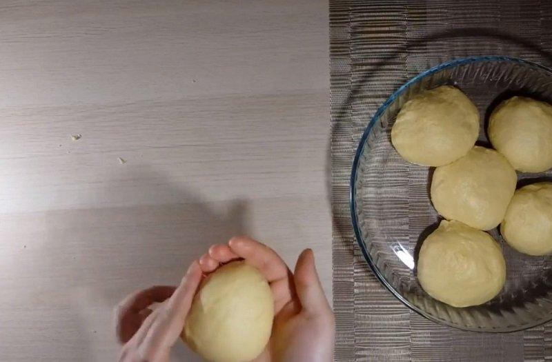 тесто для булочек на молоке и дрожжах