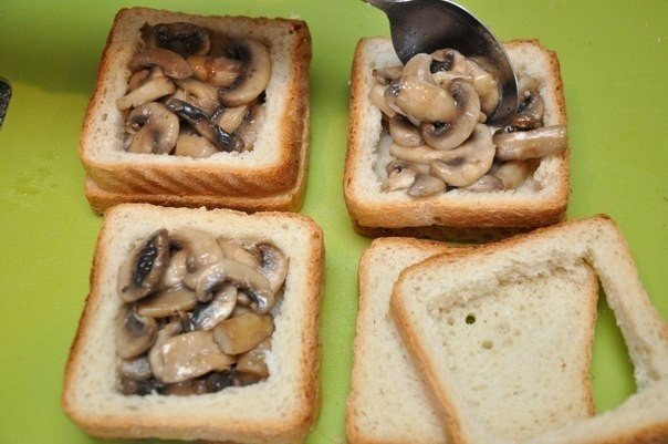 грибы в хлебе