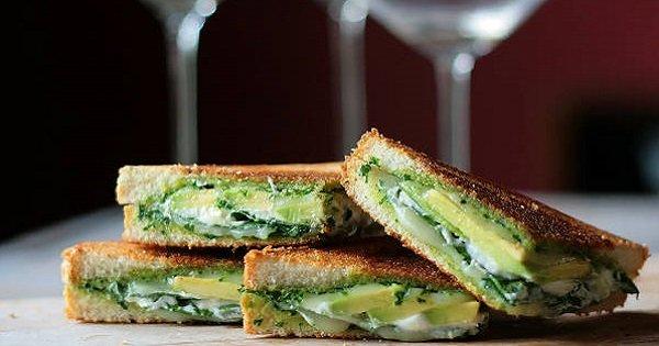 30 бутербродов с сыром, созданных в разных уголках планеты. Перед этими рецептами не устоять…