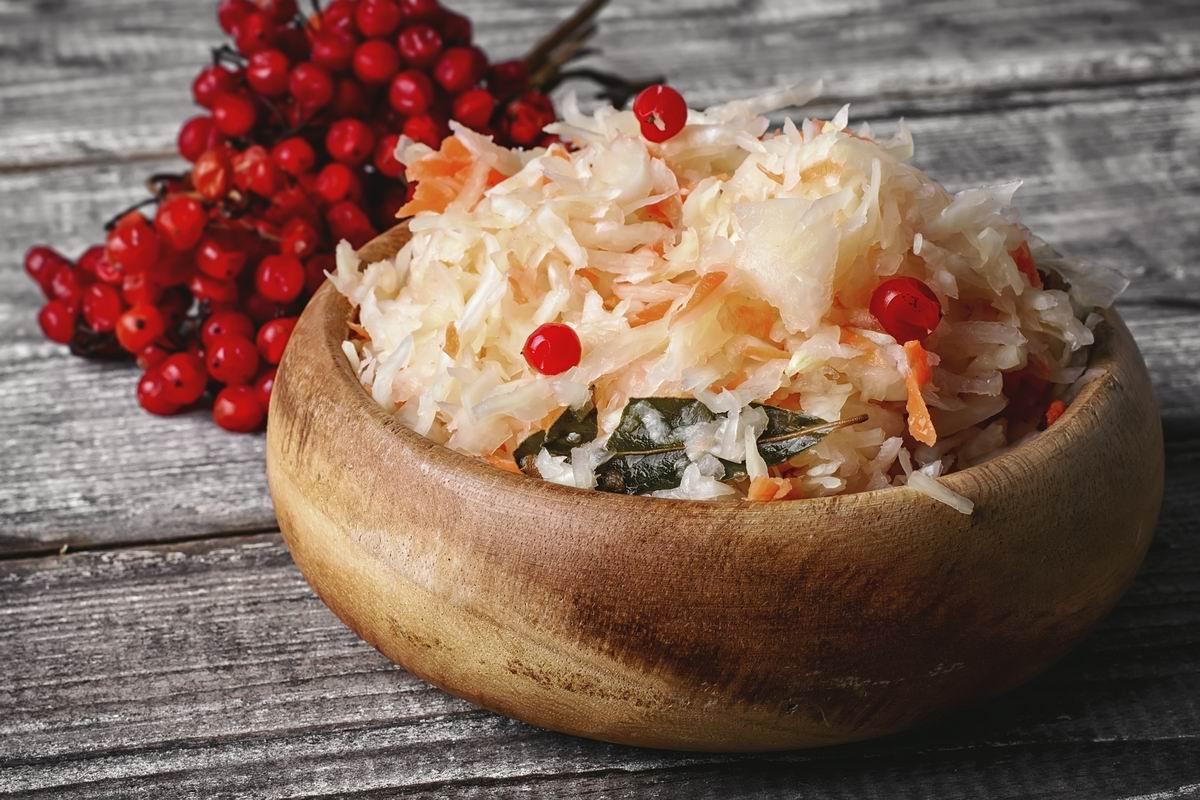 Чем полезна квашеная капуста и почему ее необходимо есть почаще