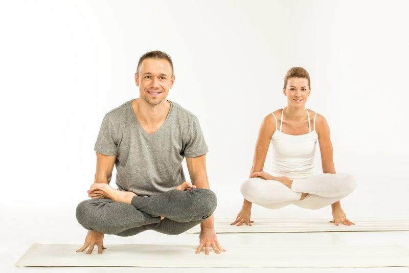 чем полезна йога для мужчин