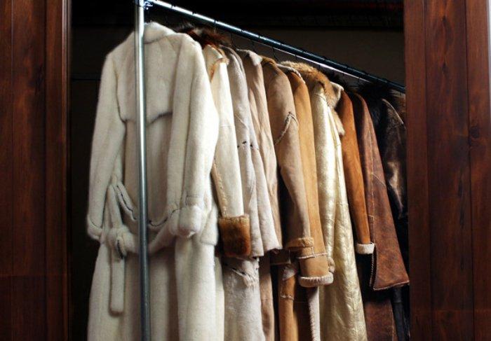 как вывести пятна с верхней одежды