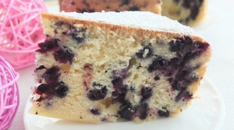 черничный пирог дома