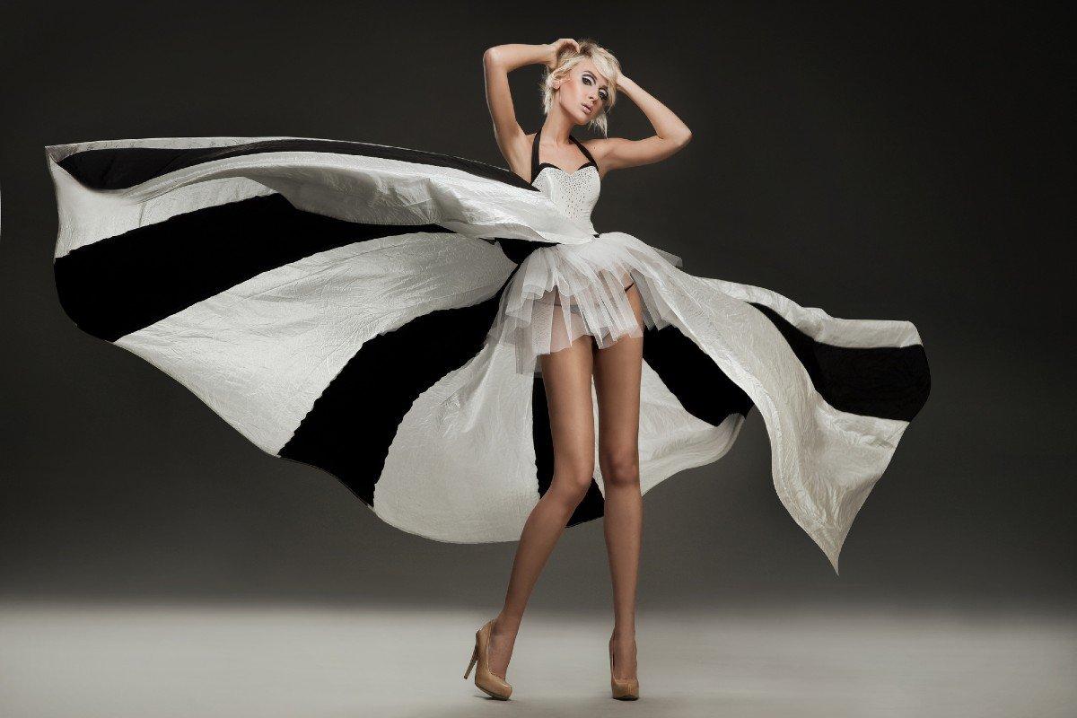 Черно-белые платья, чтобы стать юным подснежником к весне