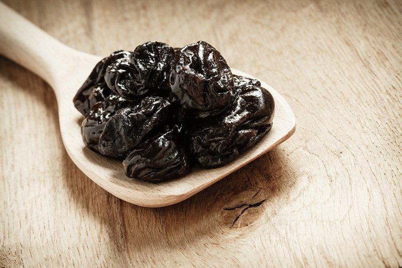 Чернослив в шоколаде»