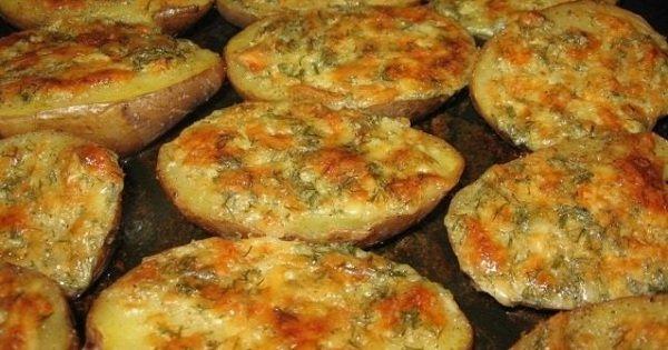 Рецепт аппетитного картофеля с чесноком. Готовится и съедается моментально!