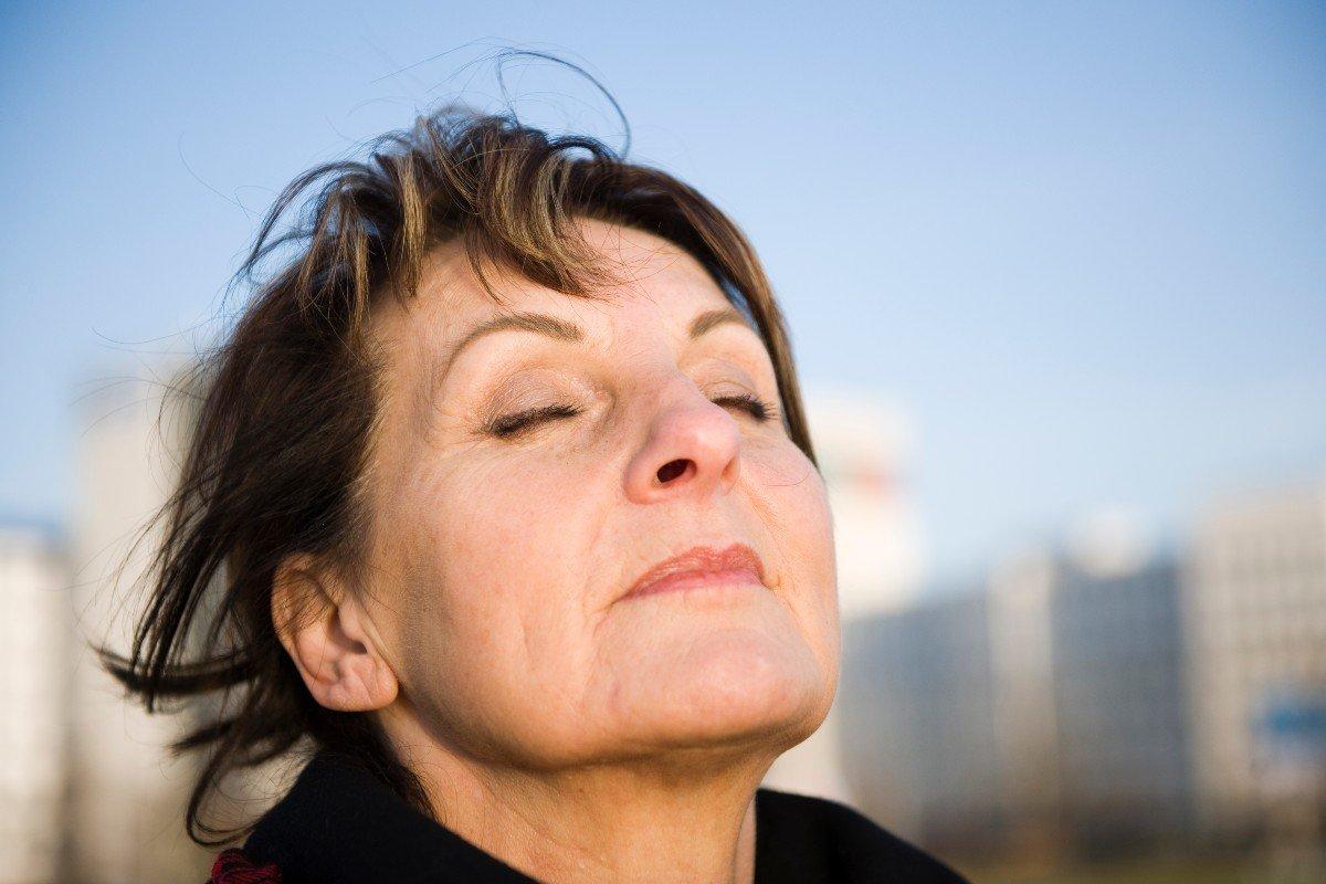 У каких женщин раньше появляется душок старости, что угадывается даже сквозь парфюм