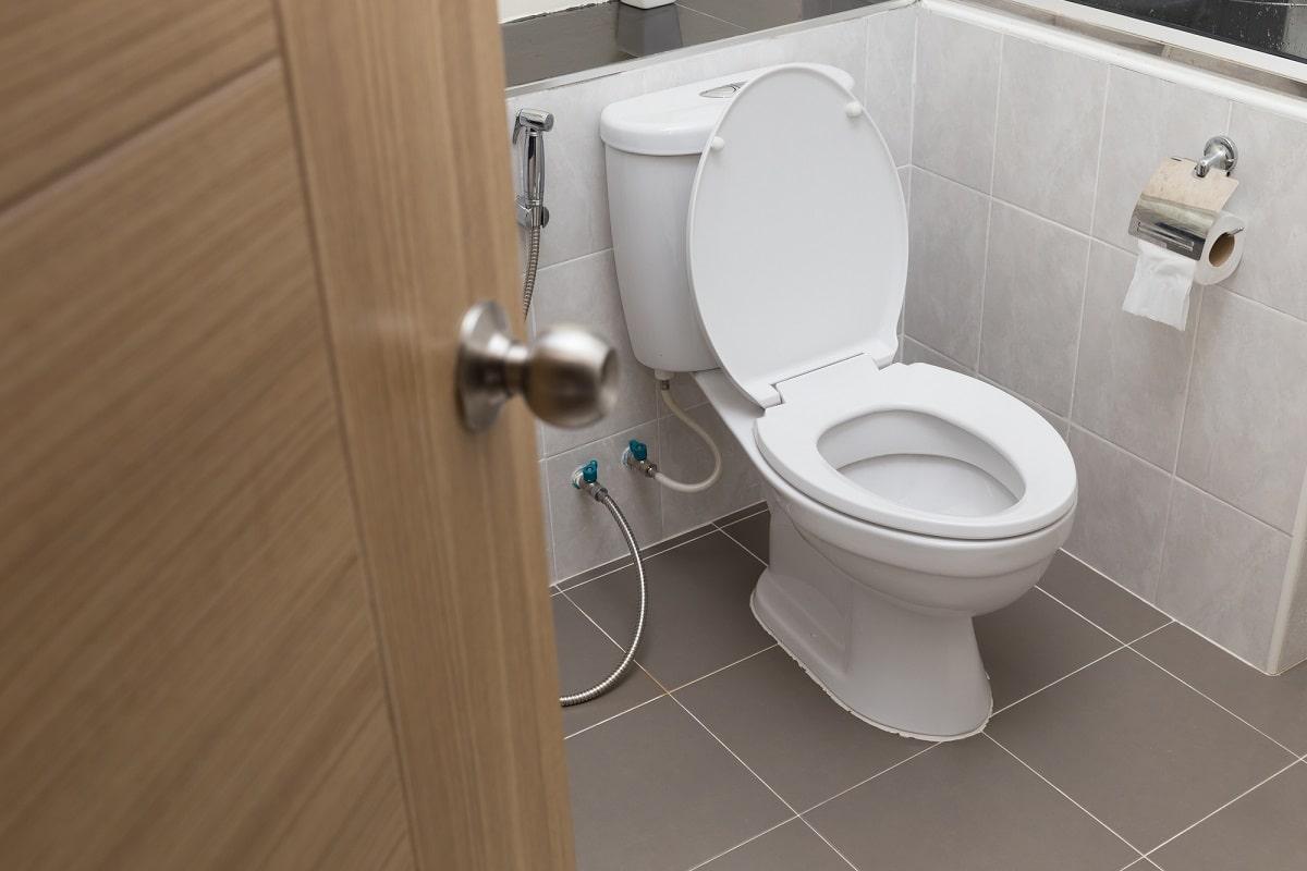 Чистота в туалете: как я ежедневно ухаживаю за унитазом