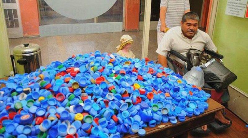 зачем собирают пластиковые крышки