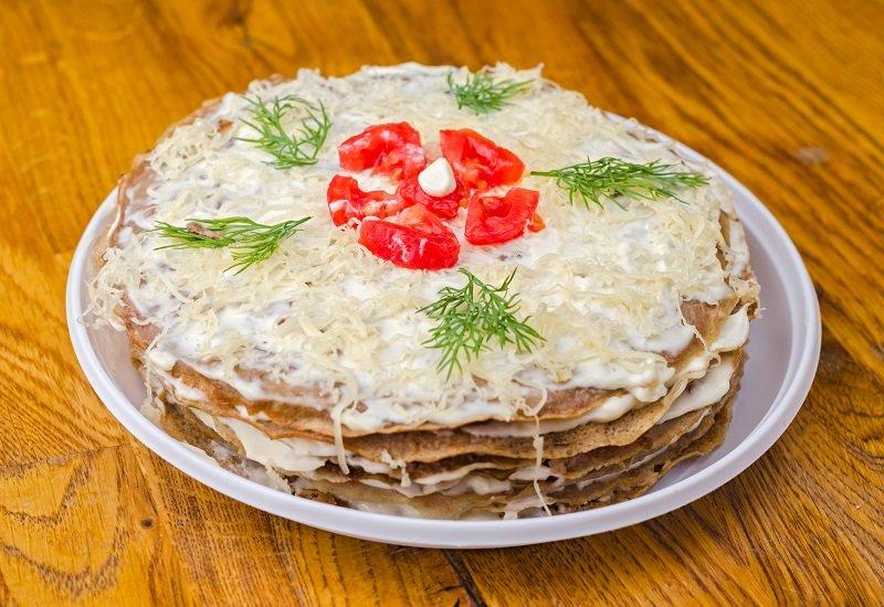 печеночный торт  кремом