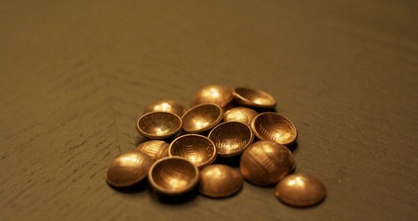 кнопки из монет
