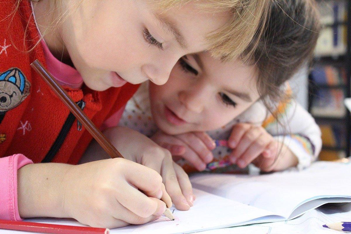 Почему стоит уже сейчас начать собирать ребенка в школу
