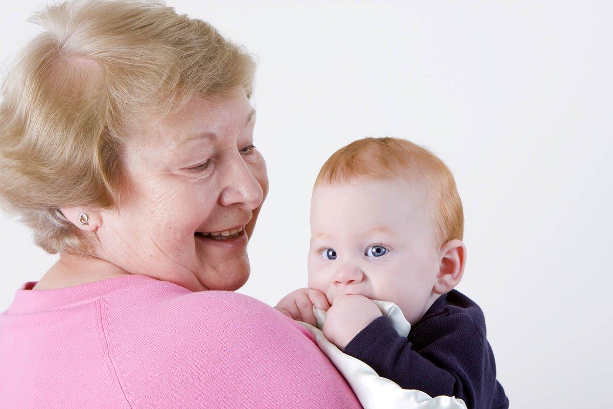 О том, что у меня появился внук, я узнала только через неделю, а когда пришла в гости с подарком, невестка ждала на пороге