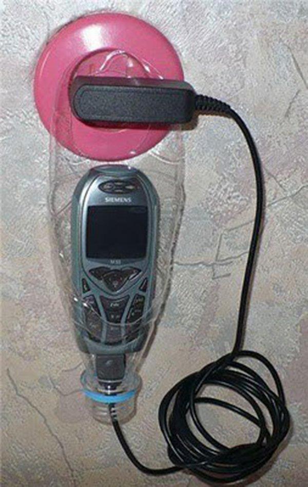 держатель для телефона из пластиковой бутылки