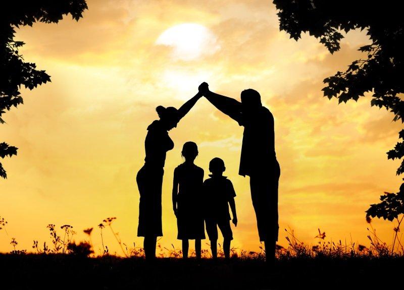 значение родинок на бедре