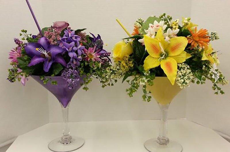 летние цветы в стакане