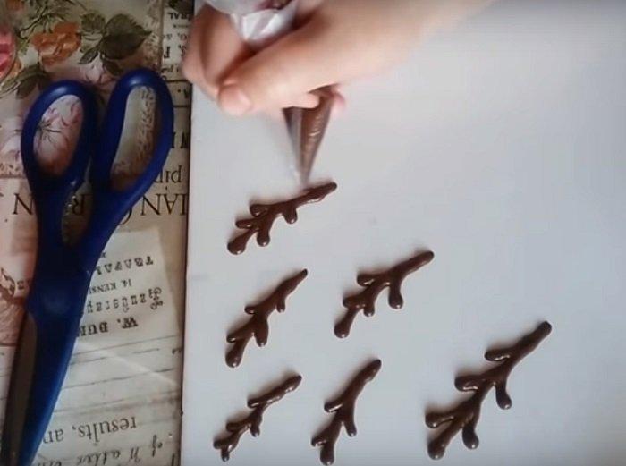 Декор из шоколада
