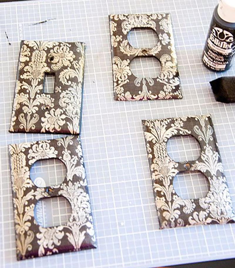 плотный картон, как заготовка для декора выключателей