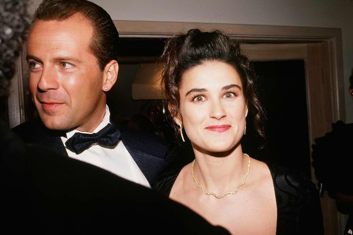 Почему Брюс Уиллис и Деми Мур уже давно не супруги, но продолжают оставаться семьей Вдохновение,Актеры,Звезды,Отношения,Развод,Семья