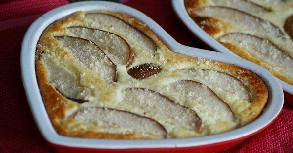 Сезон груш открыт: 3 отличных идеи для десерта с королевой фруктов.