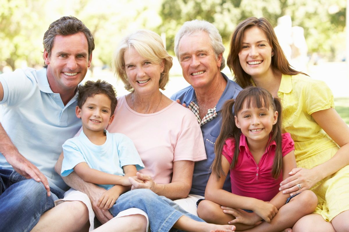 Дети помогают родителям