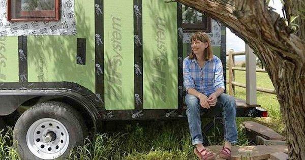 Эта девушка избавилась от хлама и переехала в дом на колесах. Завидую ее решительности!