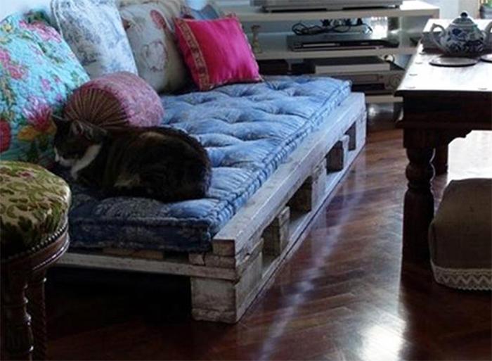 диваны из поддонов для гостиной
