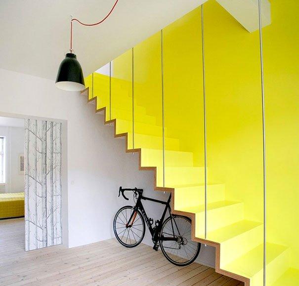 дизайн лестницы в частном доме фото