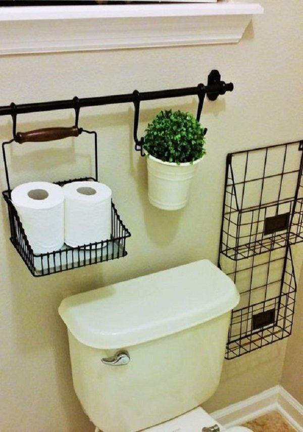 дизайн маленького туалета с обоями