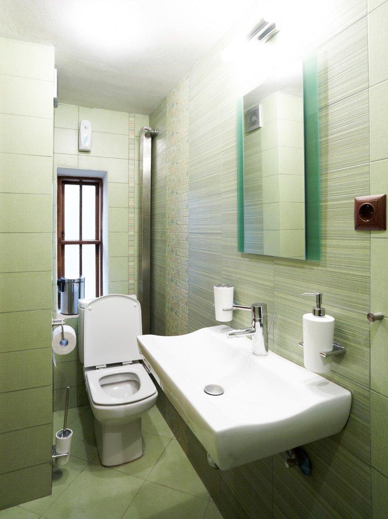 как расположить сантехнику в маленькой ванной